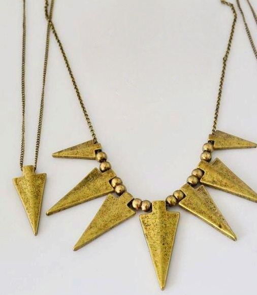 1. Single vintage gold spike long necklace (the one on the left) $3 [the one on the right --> please refer to another picture]
