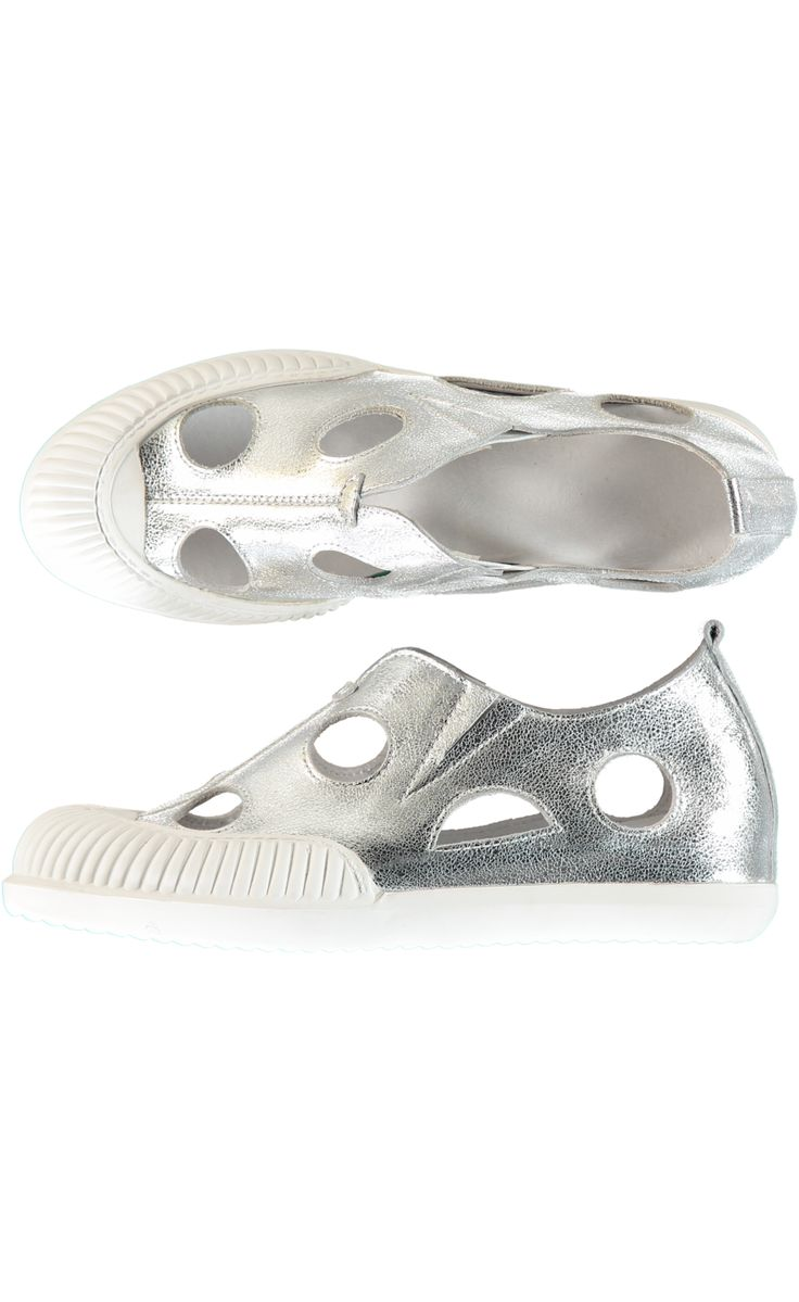 Hole Hearted Sneaker - Silver