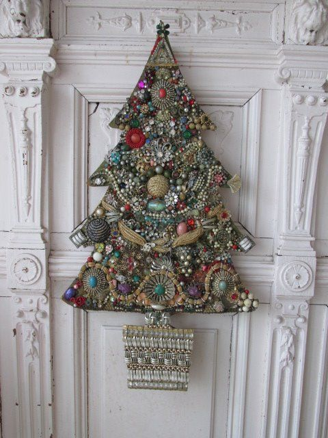 vintagejewerly trees jewelry tree. I would love to make this - it's stunning and unique