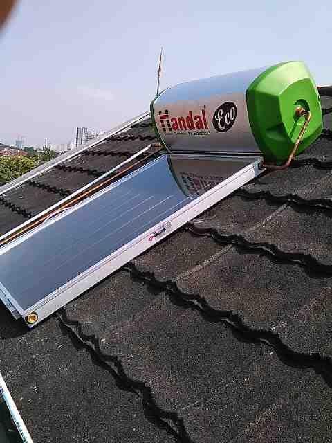 Jasa Perbaikan Service Water Heater Solahart Handal Tebet Jakarta Selatan 081310944049 CV.Alharsun Indo Spesialis Pemanas Air Panas Solahart Handal Terbaik dan Telah Terpercaya.Melayani Service Perawatan Reparasi Perbaikan Water Heater Solahart,Bongkar/Pemasangan Solahart,Instalasi Plumbing Pipa Air Panas,Tambal Tangki Solahart,Penggantian Spare Part Solahart Untuk Daerah Tebet dan Sekitarnya.