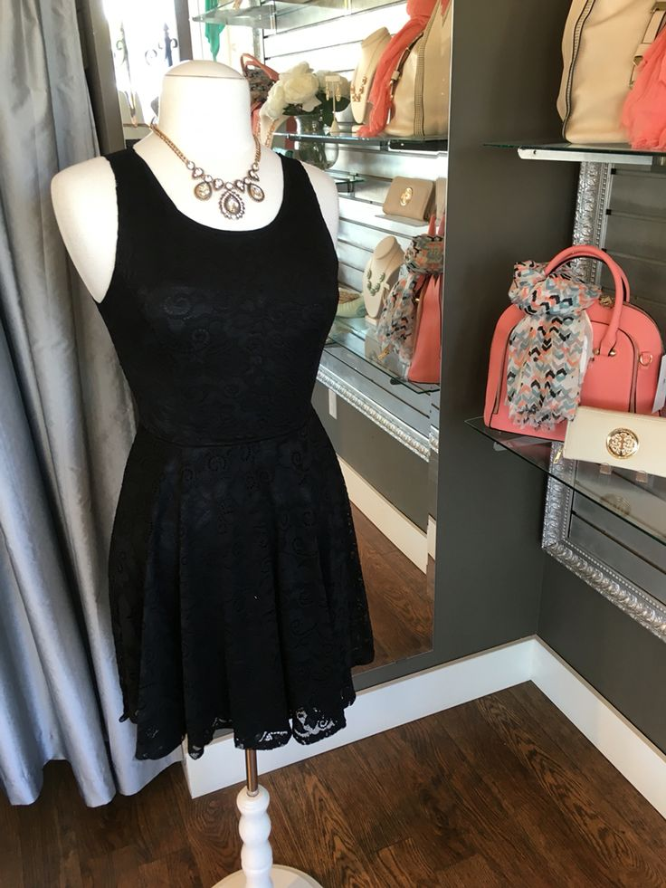 Perfect Black Summer Skater Dress - Do you love skater dresses? We have this beautiful summer version of a standard skater dress featuring a beautiful lace overlay. This dress can either be formal or casual, depending on how you accessorize. (Perfect Black Summer Skater Dress $72CAD) #summer #summerstyle #fashionista
