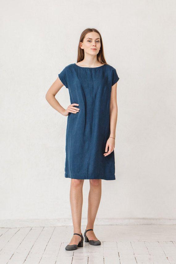 die besten 25 dunkelblaue kleider ideen auf pinterest dunkelblau prom kleider blaue. Black Bedroom Furniture Sets. Home Design Ideas