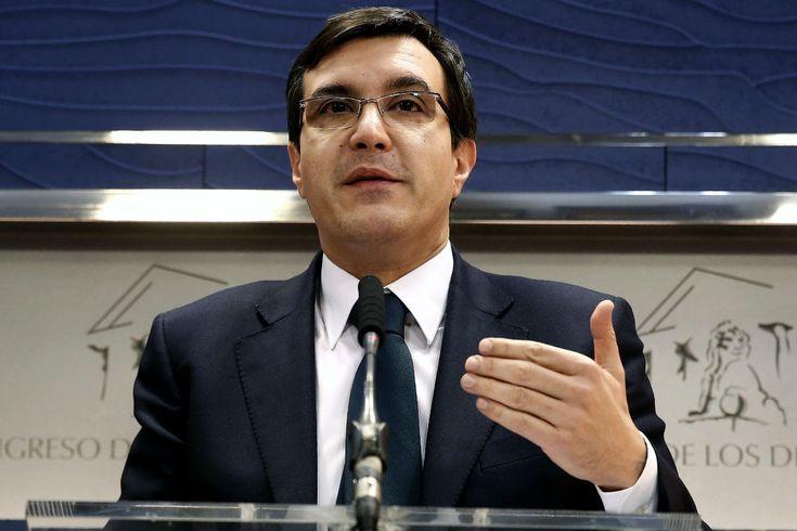 El Gobierno apunta que la comisión del PSOE es para evaluar y no obliga a una reforma constitucional