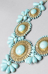 Looks luxe and only $40!: Medallion Bib, Statement Necklaces, Color, Shops, Jewelry, Bibs, Bib Necklaces