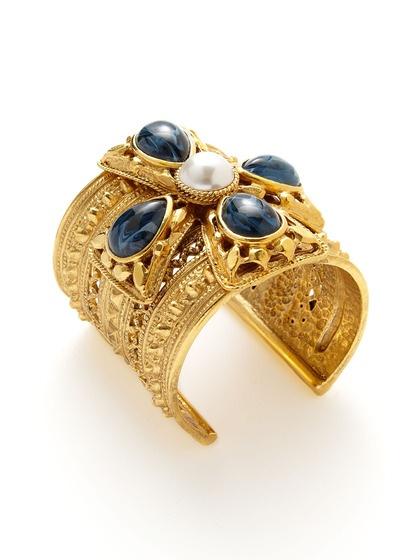 Blue Stone & Faux Pearl Flower Cuff by Ben-AmunCuffs Bracelets, Delicious Jewelry, Ben Amun Blue, Faux Pearls, Bracelets Cuffs, Flower Cuffs, Benamun, Pearls Flower, Blue Stones
