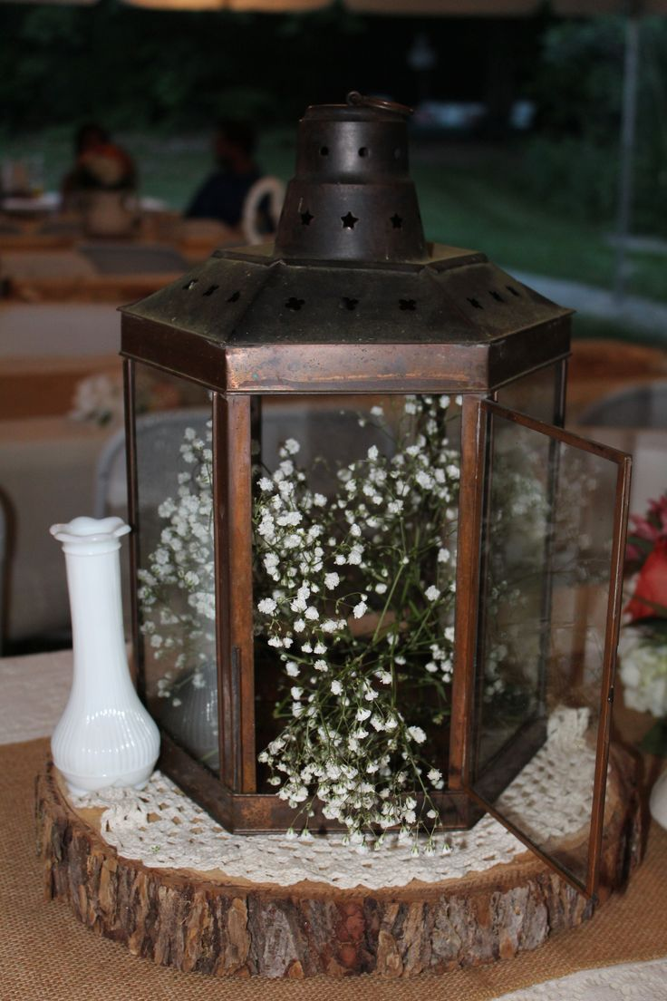 149 best rentals from cabin creek antiques images on pinterest centerpiece here at cabin creek antiques using a vintage copper lantern wood slice crochet reviewsmspy