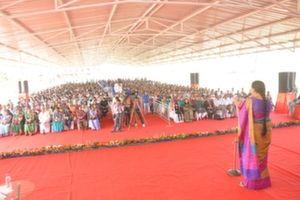 Anandiben Patel Addressing crowd on Womens day