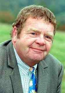 "Geoffrey Hughes, DL (2 February 1944 - 27 July 2012). My favorite character of his was ""Onslow"" from the BBC Sitcom ""Keeping Up Appearances""."