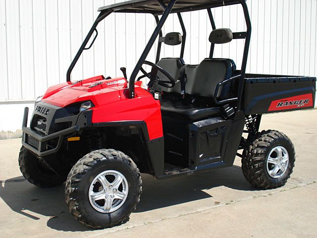 awesome FERRARI RED POLARIS 700 RANGER 4X4 JUST SERVICED  $1000 OFF NADA BARGAIN $5995!   Check more at http://harmonisproduction.com/ferrari-red-polaris-700-ranger-4x4-just-serviced-1000-off-nada-bargain-5995/