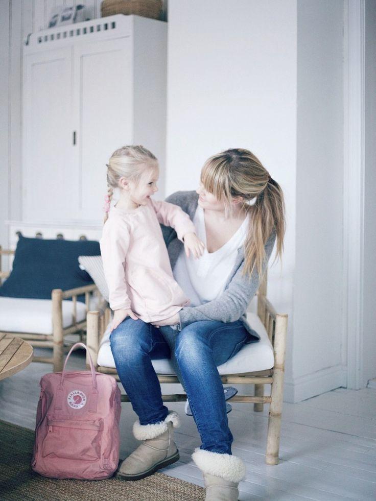 Pienten lasten äiti // Uusi Kuu