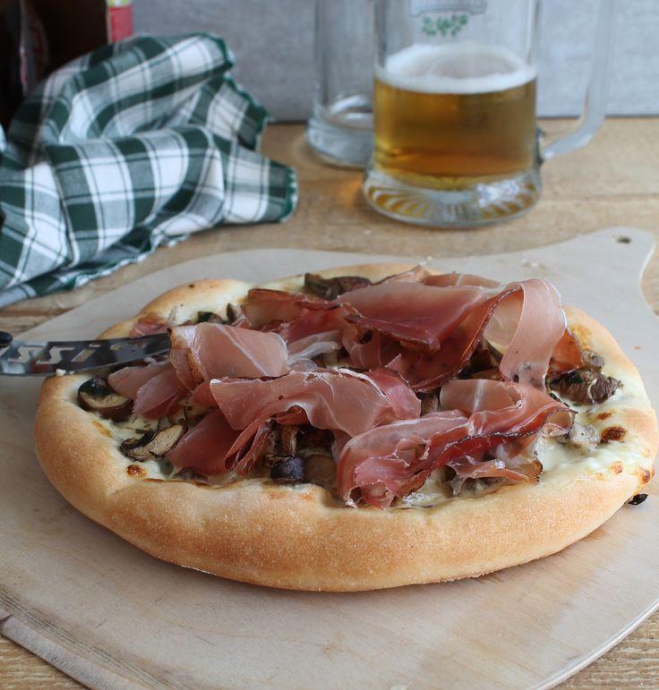 Pizza tirolese senza glutine - La Cassata Celiaca