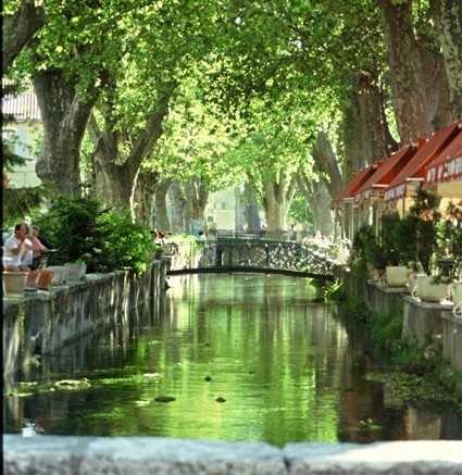 Goudargues, Gard, France. Surnommée la Venise Gardoise, cette petite ville le manque pas de charme!