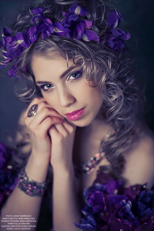 Purple Woman: Hair Styles, Purple, Haircenter24 Hairstyles, Flower Girl Hairstyles, Flower Girls, Photo, Hair Style Flowers, Girls Hair