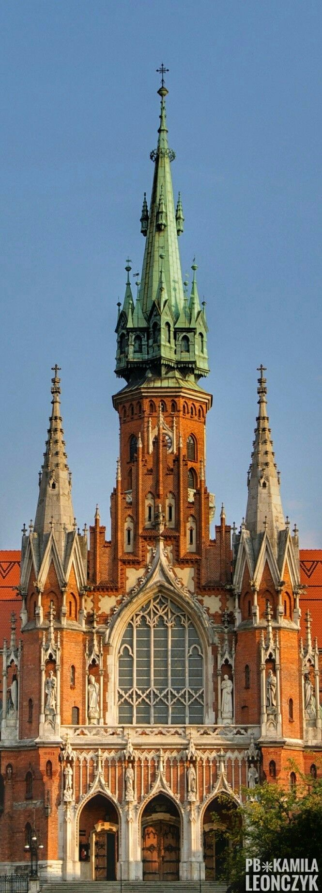 St. Joseph's Church - is a historic Roman Catholic church in Podgórze district of Kraków, Poland, at Podgórski Square on the northern slopes of the Krzemionki foothills in the south-central part of the city. The church was built between 1905 and 1909, and designed by Jan Sas Zubrzycki, in Gothic Revival style. It is the largest church in the area. http://reversehomesickness.com/europe/famous-german-castles/