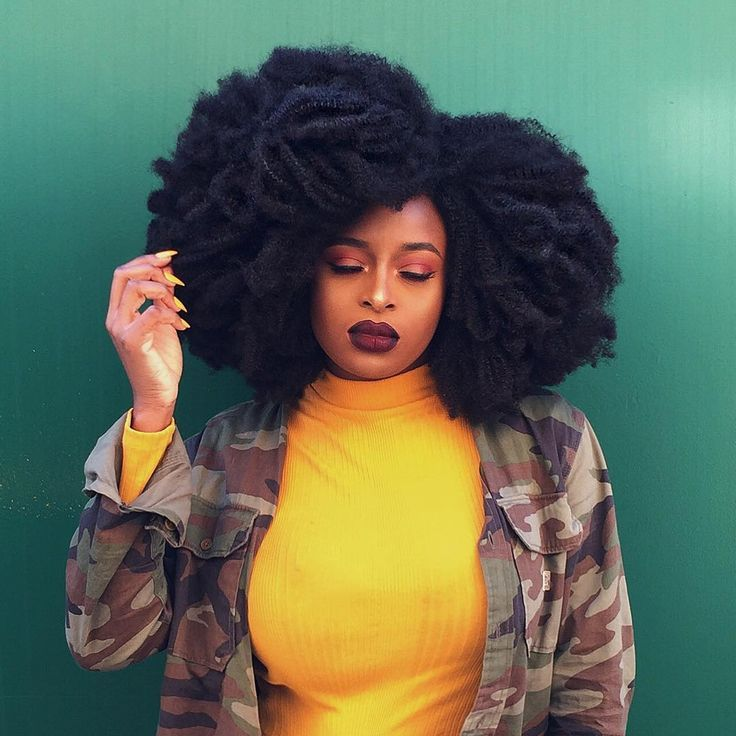 Slay with kinky afro hair by @ronkeraji