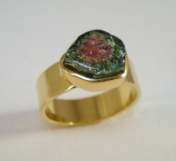Ring with tourmaline.