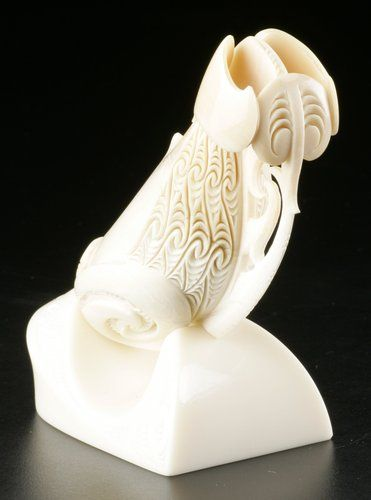 Nguru • Nose Flute by Rangi Kipa, Māori artist: This guys work is amazing....