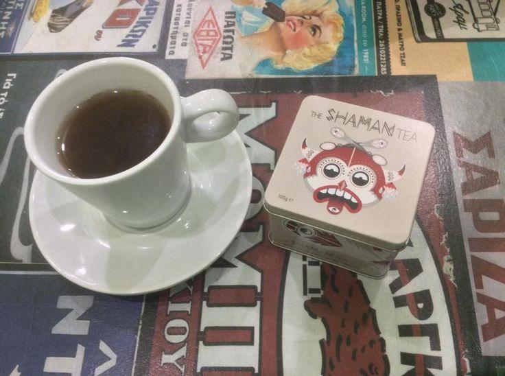 Ζεστό Shaman Tea απ´τη SPAROZA και καλωσόρισες χειμώνα (ξανά)!!! #malotiradeli #sparoza #plaka — at Malotira Deli.