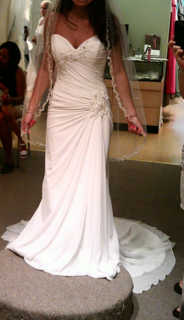 Wedding Dresses for Petite Women | Wedding dress styles that shorter women should stay away from: