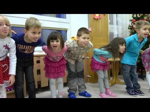 Vánoční besídka školka 2013 - YouTube