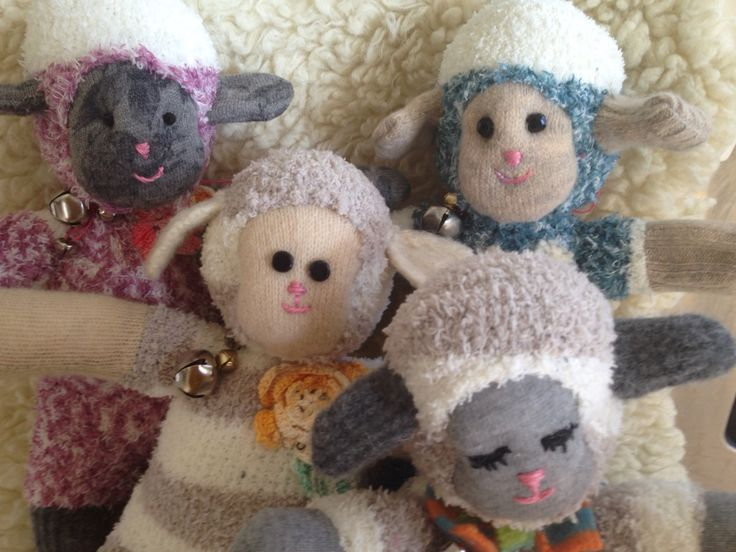 This little flock of sock sheep are SO adorable.