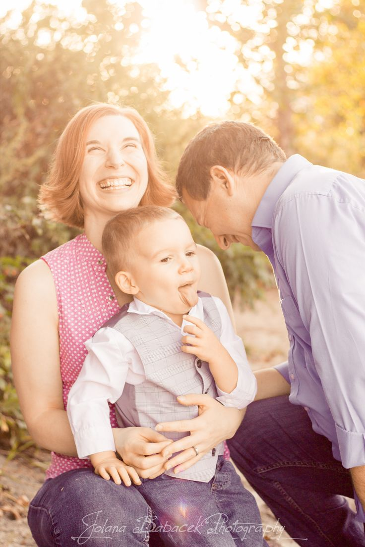 I love being able to capture raw emotion during family photo sessions! To view more images please visit:  www.JolanaBPhotography.com