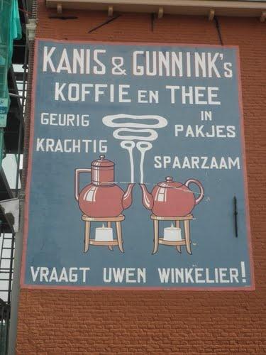 Opgeknapte muurreclame Kanis & Gunnink. Location: Kampen, The Netherlands