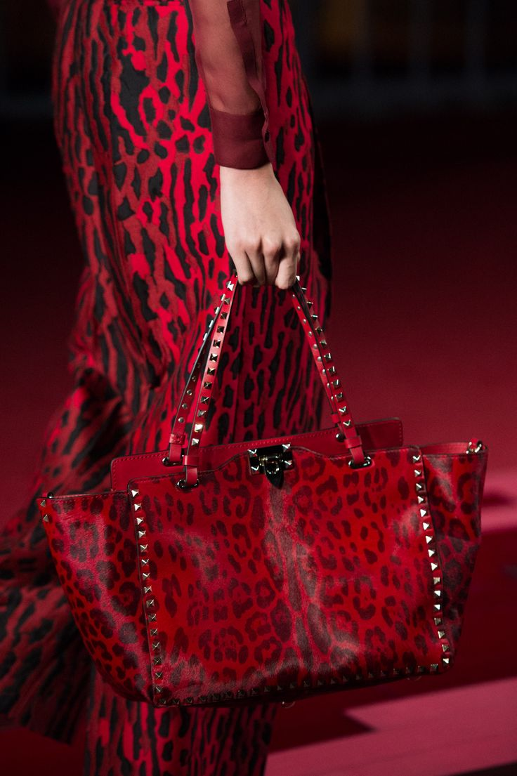 Valentino/Shanghai Collection ❥❥The Lady in Red❥slcj❥❥