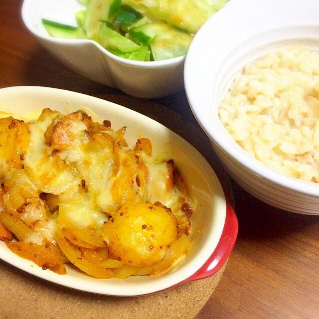 冷やご飯をリゾートに。 ジャーマンポテトはチーズを乗せてオーブンで焼きました( ◜◡◝ ) - 4件のもぐもぐ - チーズリゾット✡ジャーマンポテトのチーズ焼き by miuyuwi