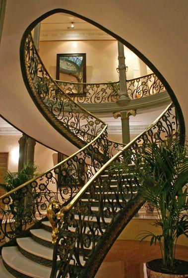 Escalera Palacio de Longoria, Madrid  (Calle Fernando VI, 4)