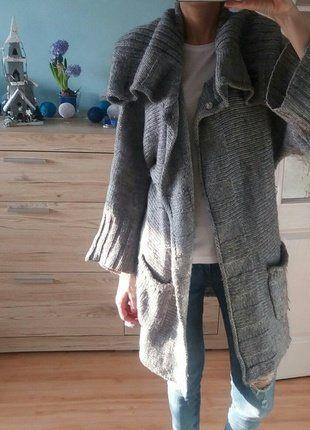 Kup mój przedmiot na #vintedpl http://www.vinted.pl/damska-odziez/swetry-z-dzianiny/16590702-sweter-kardigan-oversize-ginatricot-sm-szary