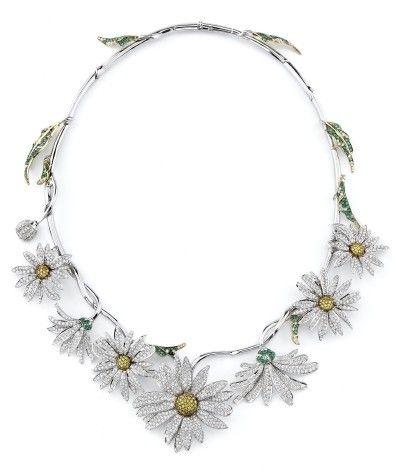 Elizabeth Taylor's daisy necklace