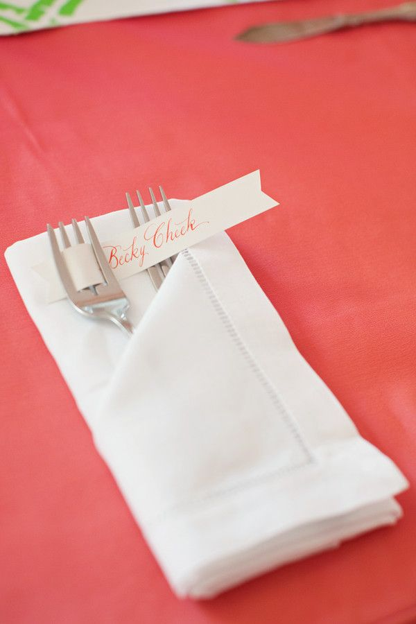 simple place card flag, Tam we could do these (minus the fancy napkin unless the profile will do this) ...names in black ink then a colored sticker of some sort to say the kind of meal?