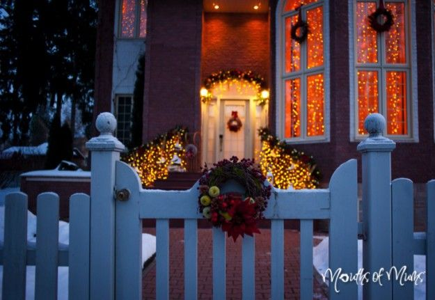 5 ways to get your yard festive for Christmas #Christmas #Christmasdecorations #festiveseason #outdoorliving #outdoorentertaining