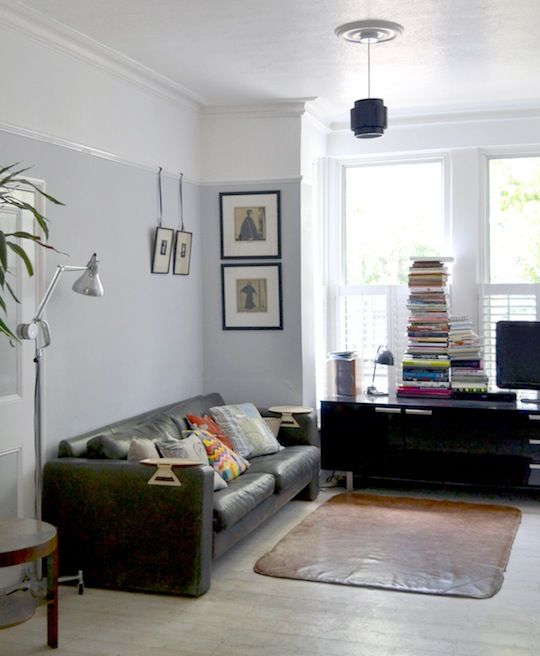 Love the idea of the picture rail dividing two tone walls.