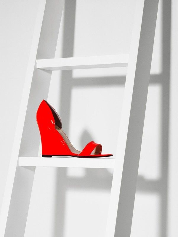 #shoe #red #simple