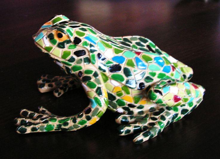 Żaba w stylu Gaudi'ego 1