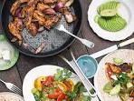 Jamie Oliver: fajita's met kip, aubergine en paprika - recept - okoko recepten