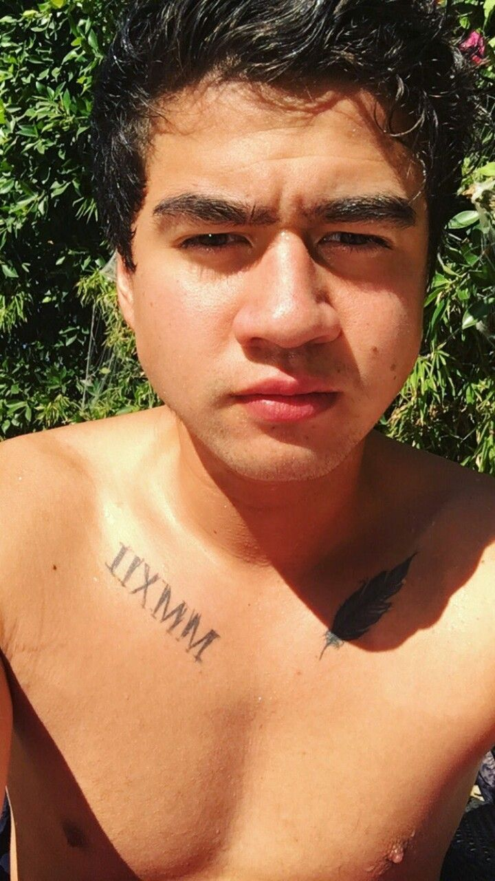 Pin by Maleigh Saige on my husband | Pinterest | 5SOS, Calum hood and Hoods