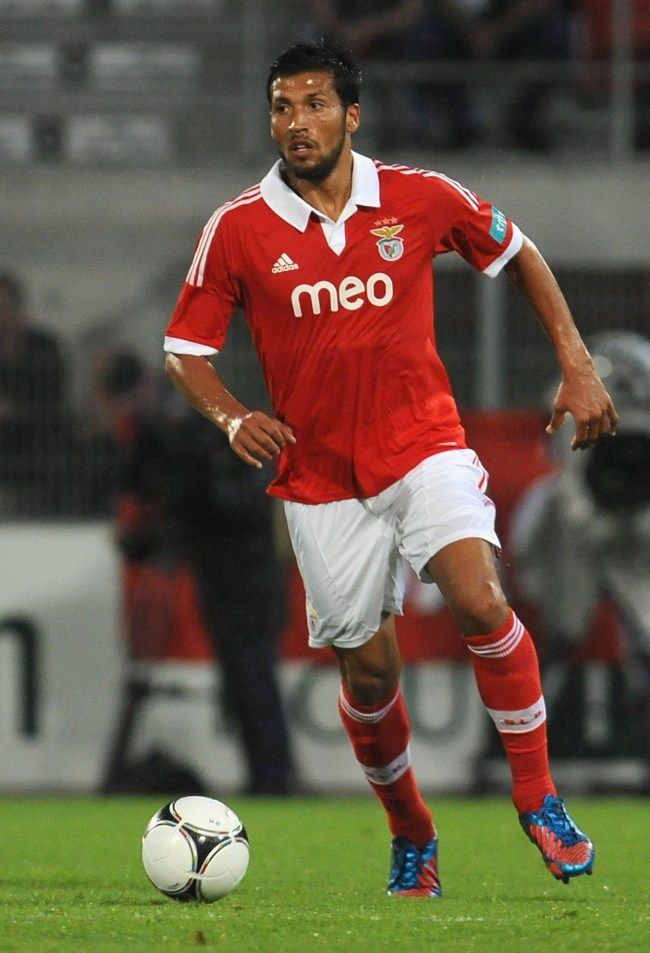 ~ Ezequiel Garay of SL Benfica has signed with Manchester United ~