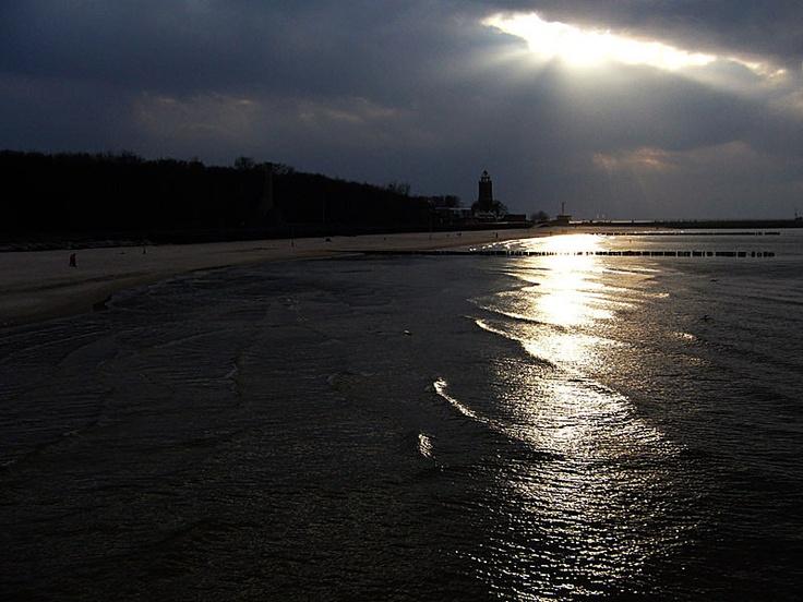 Leuchtturm in Kolobrzeg (Polen) von Krystyna Brokowska