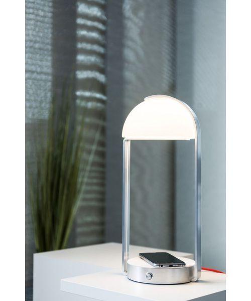 Brenda tafellamp - Draadloos telefoon opladen #tafellamp #lamp #telefoonlader #MWledsolutions