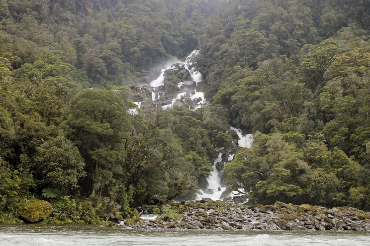Roaring Billy, a waterfall on the Haast River, South Westland http://neilrawlins.blogspot.co.nz/
