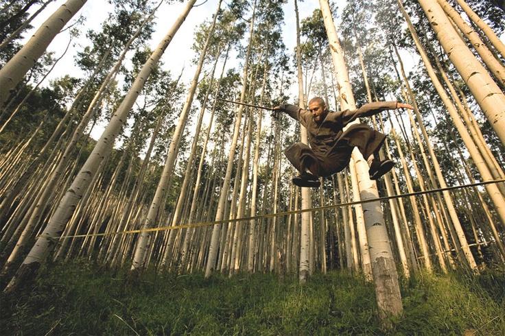 Slack.fr Its all about balance | Slackline - Longline - Jumpline - Highline. Danny Brown in action.