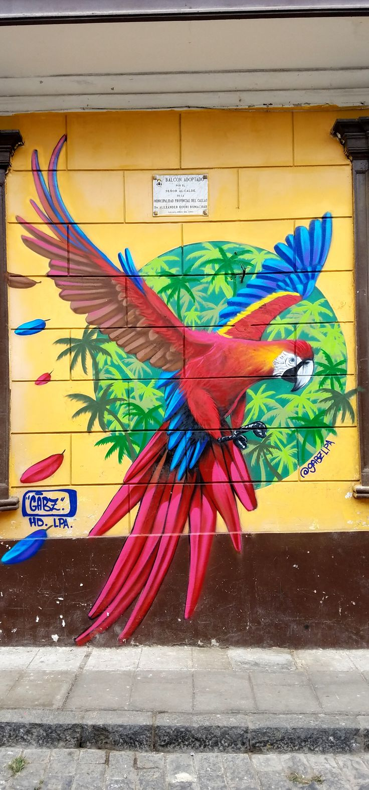 Callao, Peru (Callao Monumental) - Street Art & Graffiti. Callao Monumental is an amazing project to revitalize the Municipality of Callao, Peru, where an artist colony is blossoming up in what was a very rough section. Original photography from R. Stowe