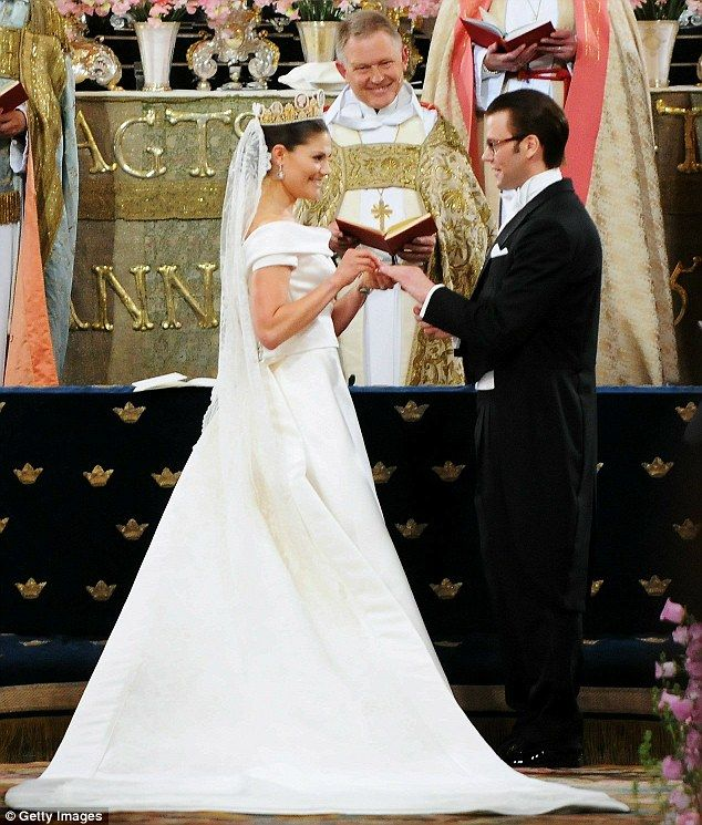 Crown Princess Victoria of Sweden, heir to the country's throne, married her former personal trainer, the gym owner Daniel Westling today at Stockholm Cathedral    Read more: http://www.dailymail.co.uk/news/article-1287959/Swedens-fairytale-royal-wedding-Princess-Victoria-marries-Daniel-Westling.html#ixzz1rX2Zq7yL