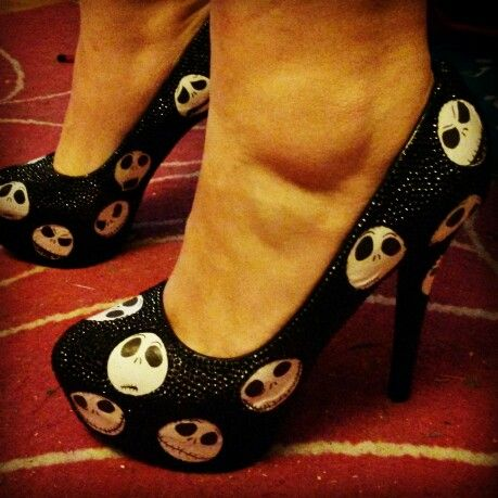 Custom made nightmare before Christmas heels. Part of my Christmas present from ma boo.... customise.squarefountain.co.uk