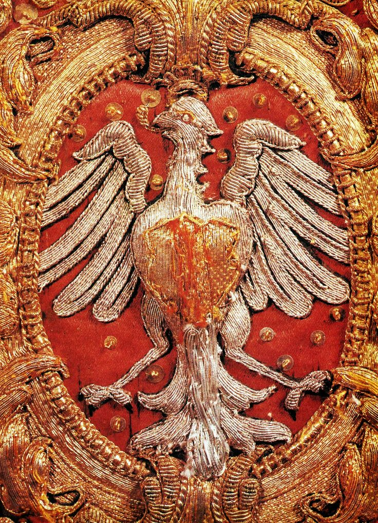 Detail of chasuble from the royal set with Polish Eagle by Anonymous from Poland and France, before 1663, Klasztor Sióstr Wizytek, made from a canopy of Queen Marie Louise Gonzaga