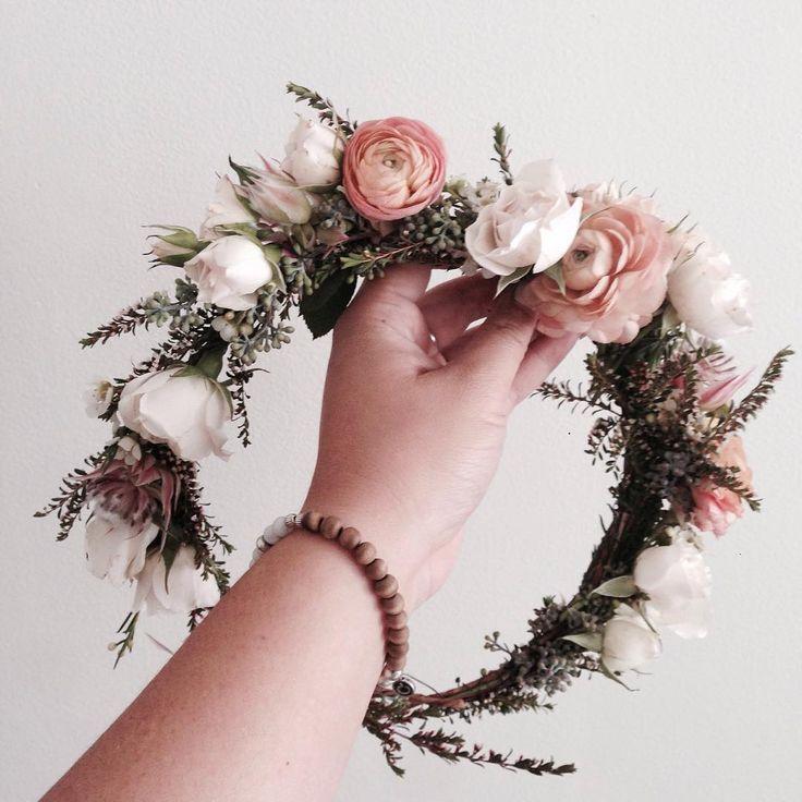 Orange Ranunculus Flower Crown Www Thecrowncollective Co Flower Crown Wedding Flower Crown Bride Flower Crown