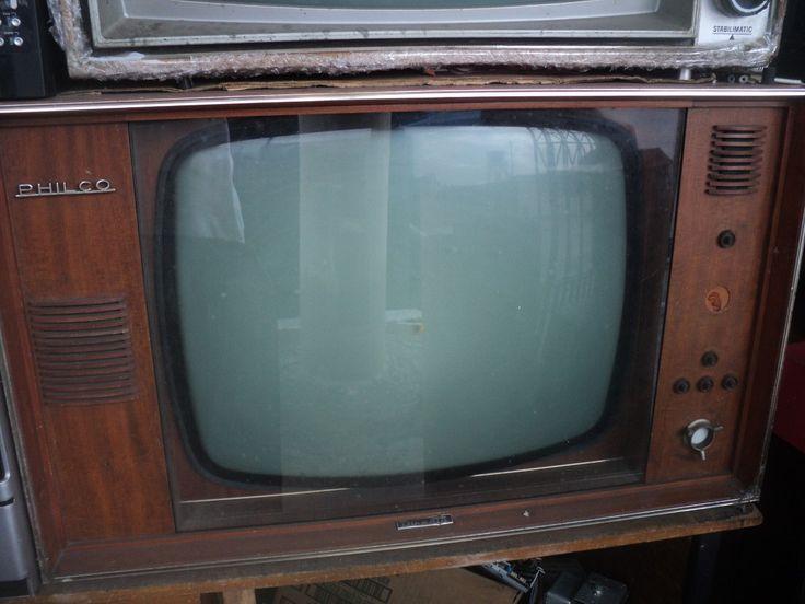 tv antiga philco directa década de 60 não tem o cont. remoto